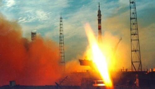 Европейские спутники связи доставлены на орбиту российской ракетой «Союз-СТ»