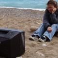 Россиянам, отдыхающим за границей, не хватает русскоязычных телеканалов