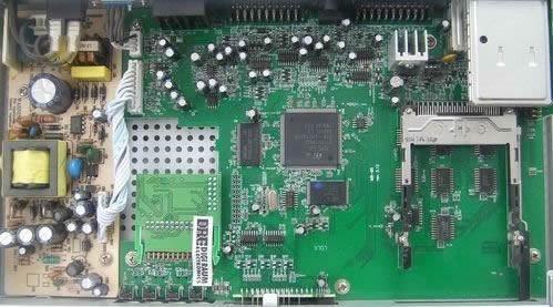 Вид изнутри ресивера DRE7300