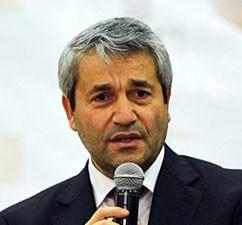 Нихат Эргюн, министр науки, технологий и промышленности Турции