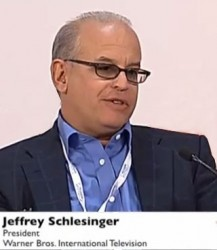 Джеффри Р. Шлезингер (Jeffrey R. Schlesinger), президент Warner Bros.International Television
