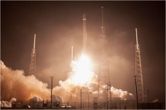 Eutelsat и ABS запустили спутники  с электродвигателем