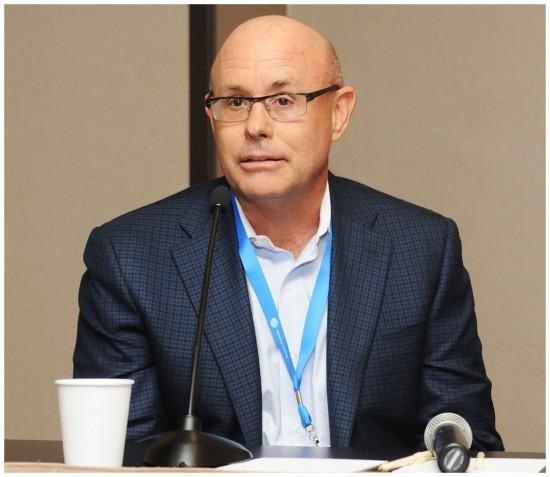 Фил Госвиц(Phil Goswitz), вице-президент компании DirecTV